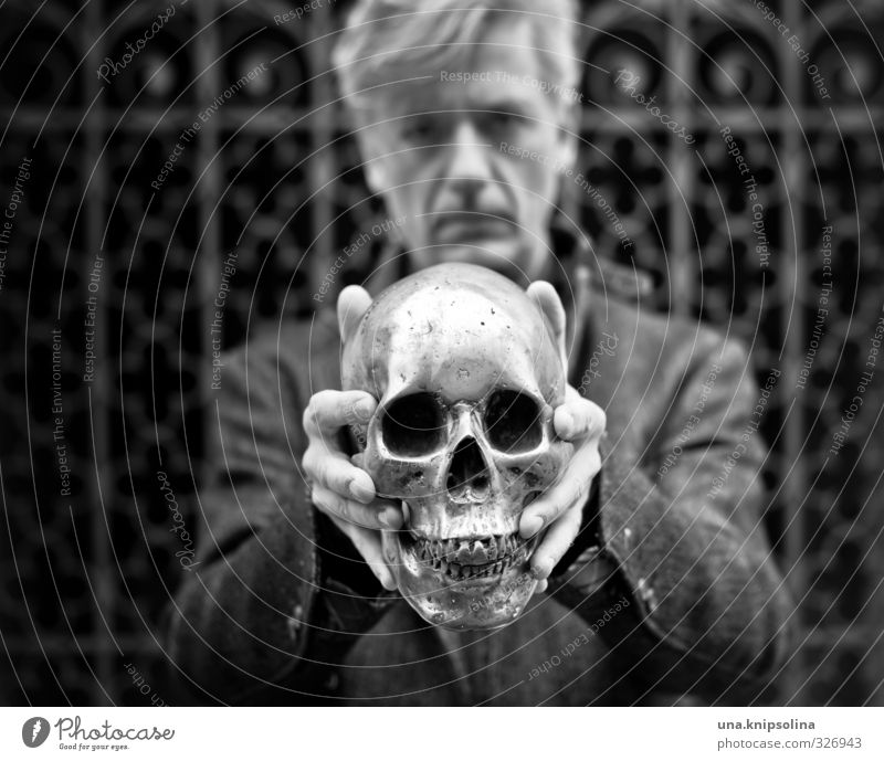 headless Man Adults Head 1 Human being 30 - 45 years Coat Blonde Metal To hold on Threat Dark Crazy Sadness Death Fear Skeleton Death's head Black & white photo