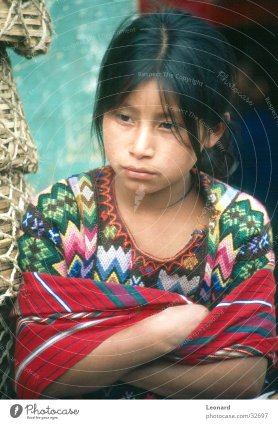 dignity Child Girl Blur Guatemala Maya Human being Woman culture Colour South America latin america glance Style