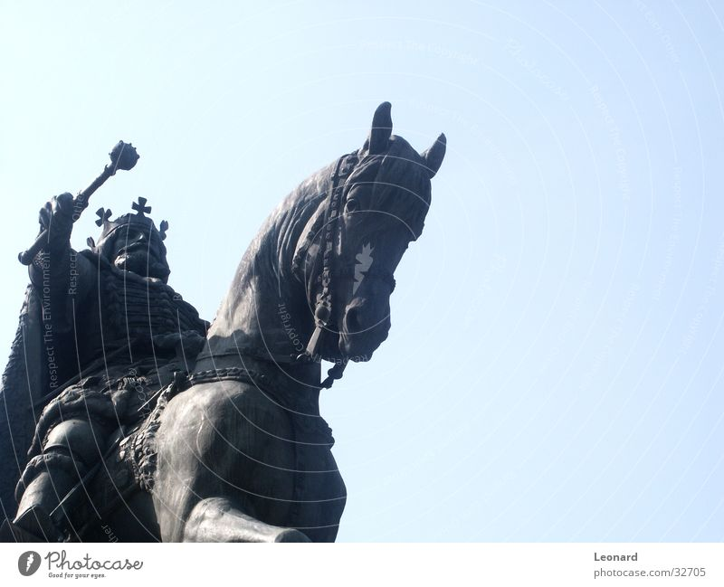 cavalier Warrior Man Horse Weapon Art Sculpture Romania Statue Craft (trade) King Rider Holy Treetop knight