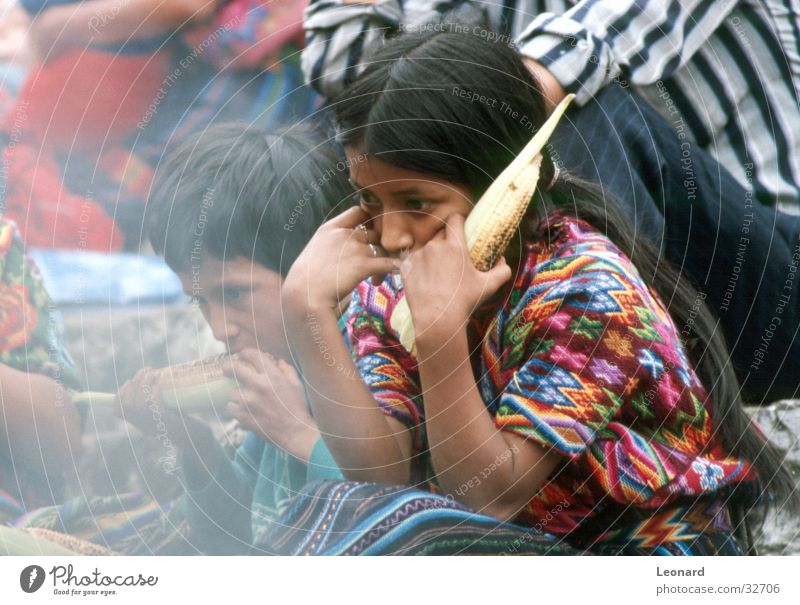 Guatemalan Children Girl Boy (child) Group Colour Smoke Maize Nutrition South America woman corn latin america