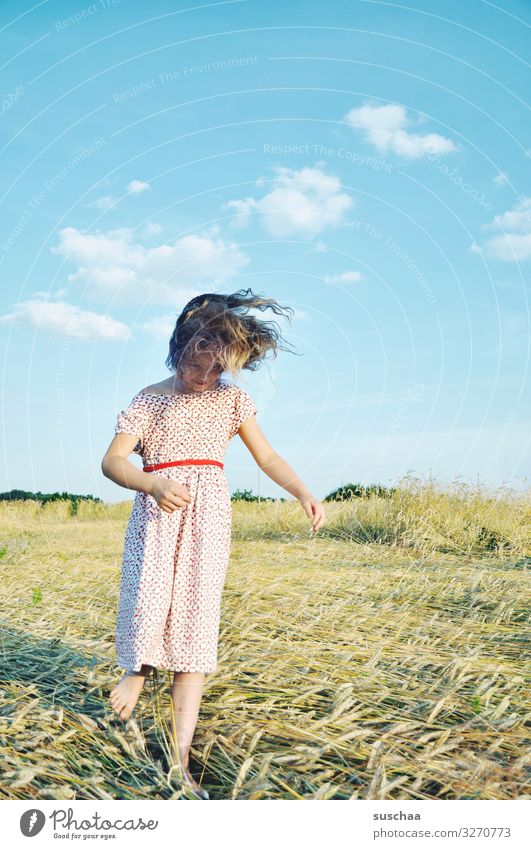 summery hair flutter Child Girl young girl youthful Hair and hairstyles Infancy Wild Crazy Joy Joie de vivre (Vitality) Happy Summer sunshine straw field