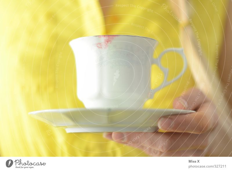 coffee cup Beverage Hot drink Coffee Tea Lipstick Feasts & Celebrations Feminine Hand Fingers 1 Human being Dirty Yellow Drinking Coffee cup Tea cup Saucer Pout