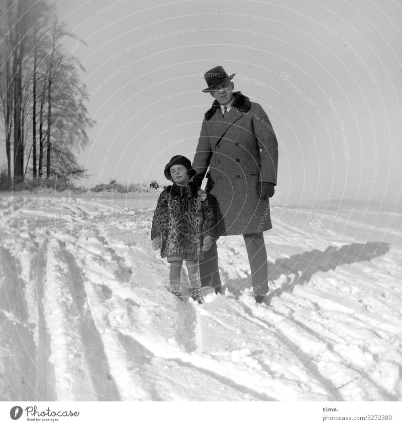 winter sun Masculine Child Man Adults Father 2 Human being Environment Nature Landscape Sky Winter Beautiful weather Snow Harz Coat Hat Touch Looking Stand