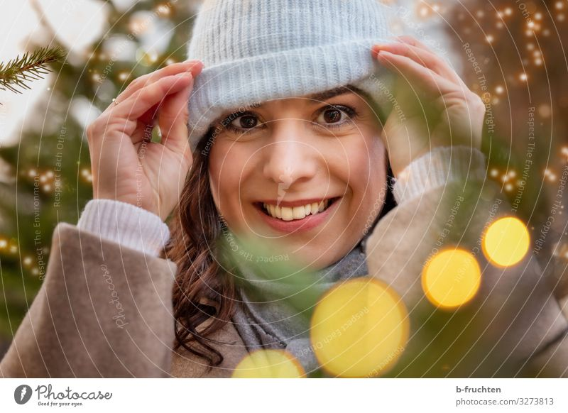 Portrait of women at the Christmas Market Lifestyle Shopping Elegant Style Joy Leisure and hobbies Entertainment Event Going out Feasts & Celebrations