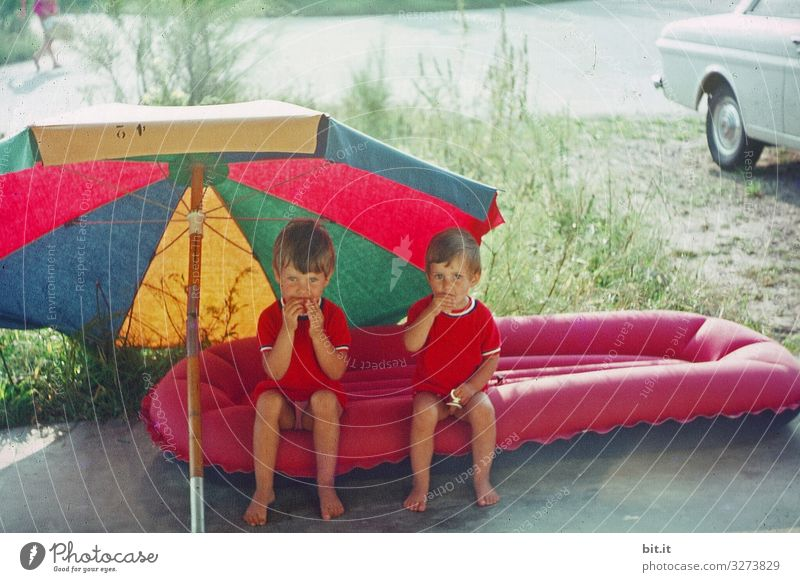 That's what it takes... girl Parenting Child duo in common Eating Break at the same time Summer Brothers and sisters Joy Air mattress Sunshade 60s 1960s Infancy
