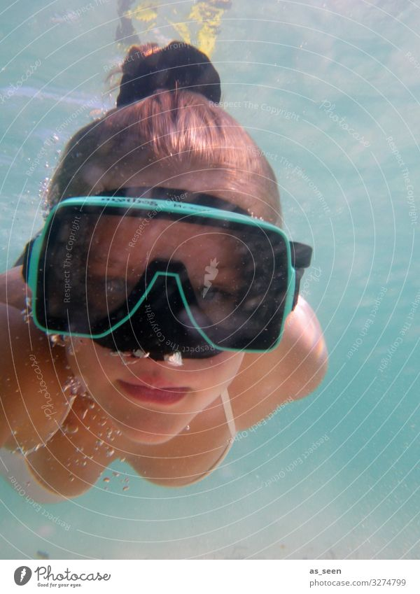 Underwater Selfie Sports Dive Young woman Youth (Young adults) Face 1 Human being Environment Nature Elements Air Water Summer Waves Ocean Diving goggles