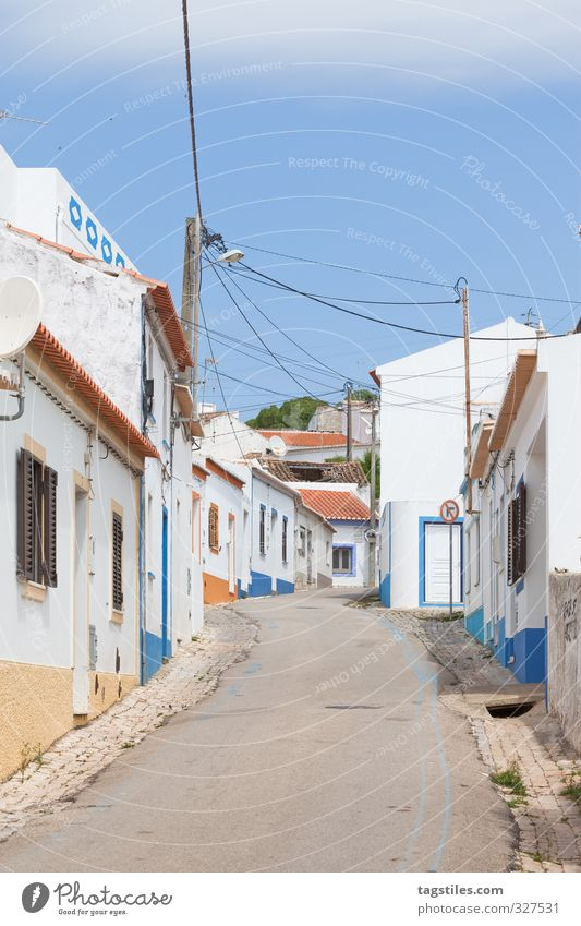 TIME SHIFT Portugal Algarve rapeseed Town Small Town House (Residential Structure) Street Vacation & Travel Travel photography Idyll Card Tourism Paradise
