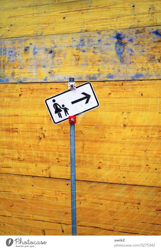 interaction Construction site Child Mother Adults 2 Human being Wall (barrier) Wall (building) Transport Traffic infrastructure Passenger traffic Pictogram Wood