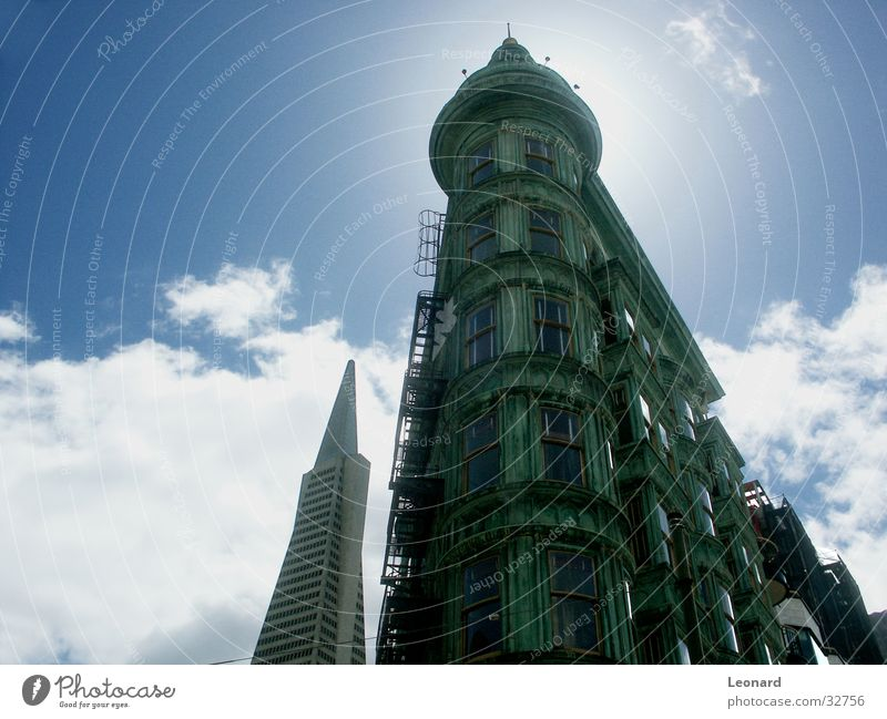 San Francisco Building Clouds Window Green High-rise Sky Architecture Tower Sun Stairs cloud America