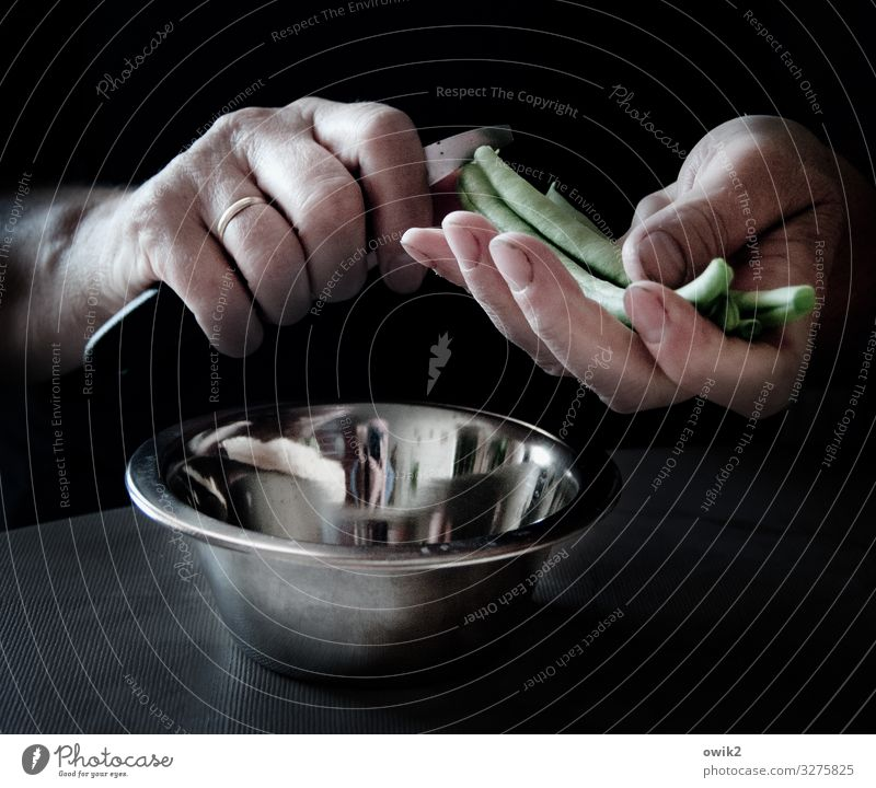own harvest Hand Fingers Beans Knives Cut Bowl Metal Plastic Work and employment Food Cooking Vegetable Delicious Anticipation Healthy Eating Colour photo