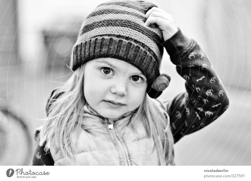 Monday Portrait 71 - The Little Sweetness Garden Human being Cap Blonde Long-haired Natural Black & white photo Exterior shot Shallow depth of field