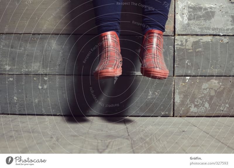 Wilhelmsburg / On the Wall on the Lauer... Feminine Legs Feet 1 Human being Rubber boots Sit Blue Brown Red Serene Calm Break Dangle Relaxation Colour photo