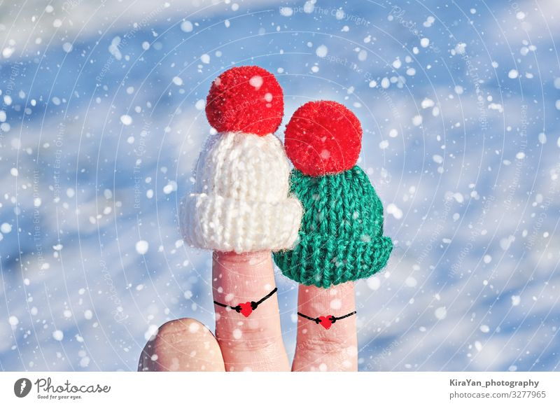 Funny couple fingers in knitted woolen hats Beautiful Face Winter Snow Valentine's Day New Year's Eve Wedding Family & Relations Friendship Couple Hand Fingers