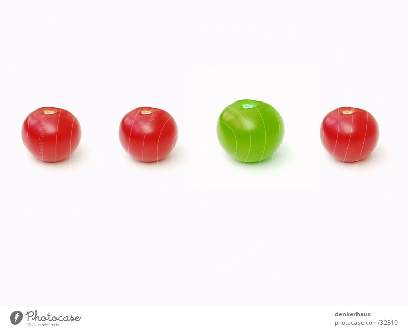 be different Green 4 Red White Equal Sporting event Competition Tomato Row Difference Size Uniqueness Exceptional loner