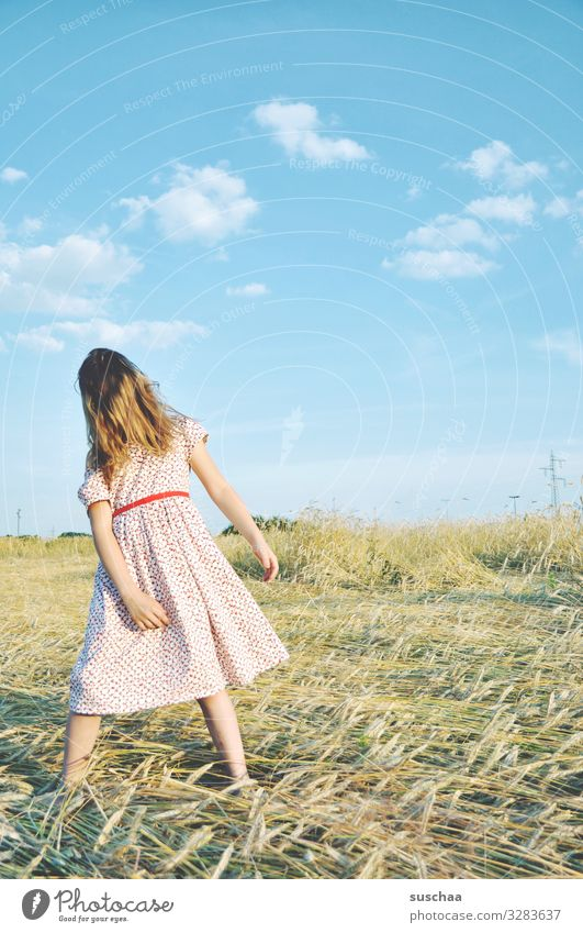 summer day (2) Child Girl Feminine Freedom Playing Joy Good mood Summery Dress Hair and hairstyles Sky Straw Field Infancy Happiness Light heartedness Retro