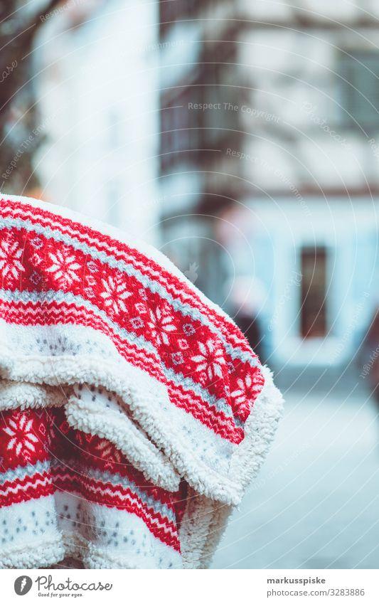 Woollen blanket with Norwegian pattern Lifestyle Shopping Luxury Elegant Style Design Joy Wellness Harmonious Well-being Contentment Blanket Pattern