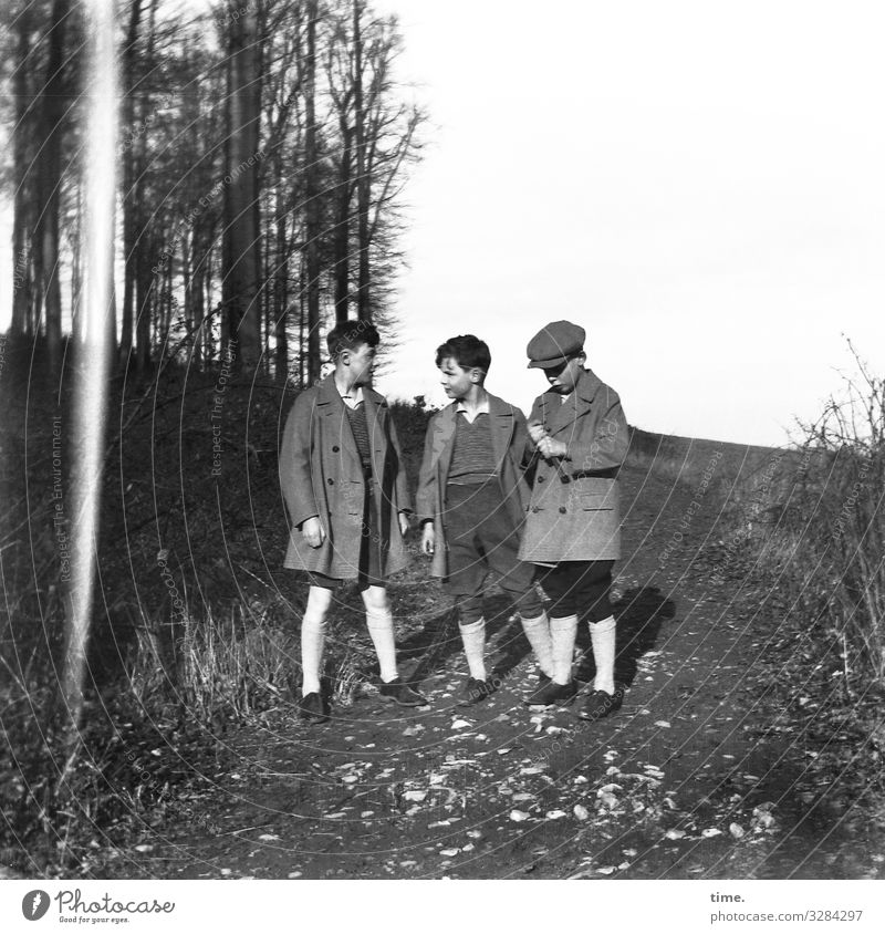 brethren Masculine Boy (child) Young man Youth (Young adults) 3 Human being Environment Beautiful weather Meadow Forest hillock Lanes & trails Pants Jacket Coat