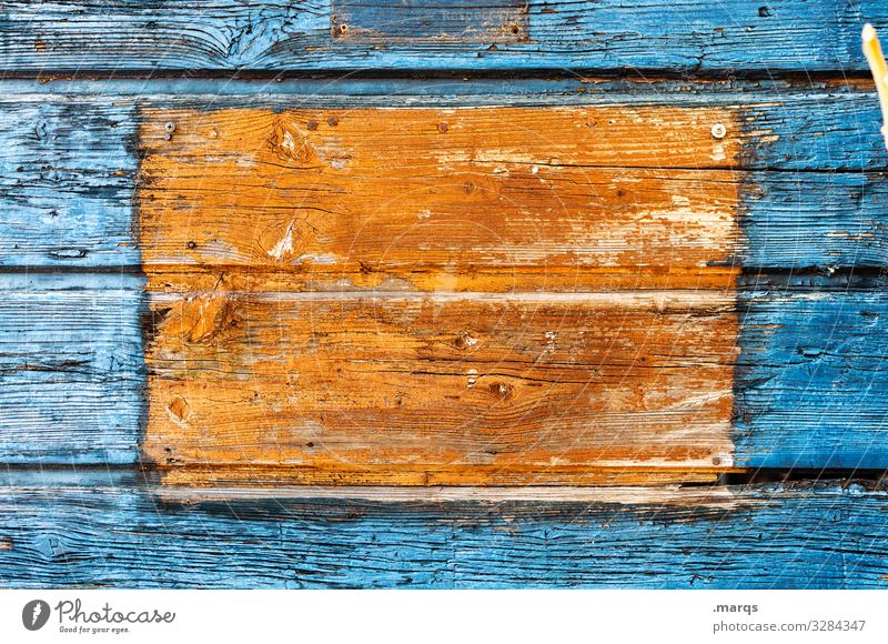 [ ] Bulletin board Wooden wall Colour Blue Orange contrast Pinboard Communicate Structures and shapes Sharp-edged Old Close-up