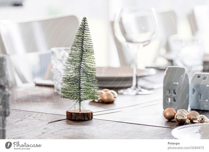 Christmas dinner decoration with a Xmas tree Christmas & Advent White Tree Winter Wood Feasts & Celebrations Style Decoration Elegant Arrangement Table Seasons