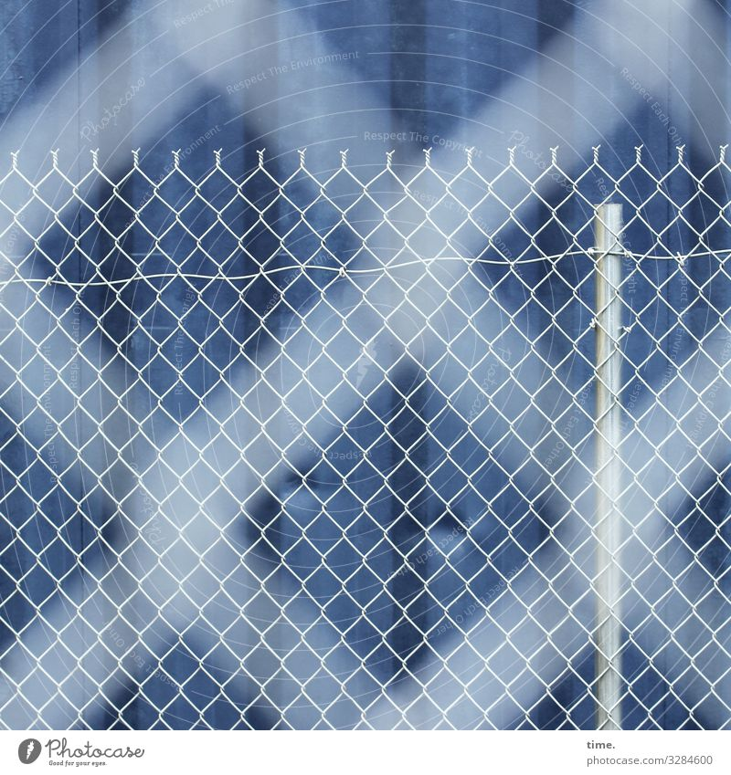 Stories from the fence (65) Container Fence Fence post Line Stripe Network Dark Blue White Safety Protection Watchfulness Endurance Unwavering Orderliness