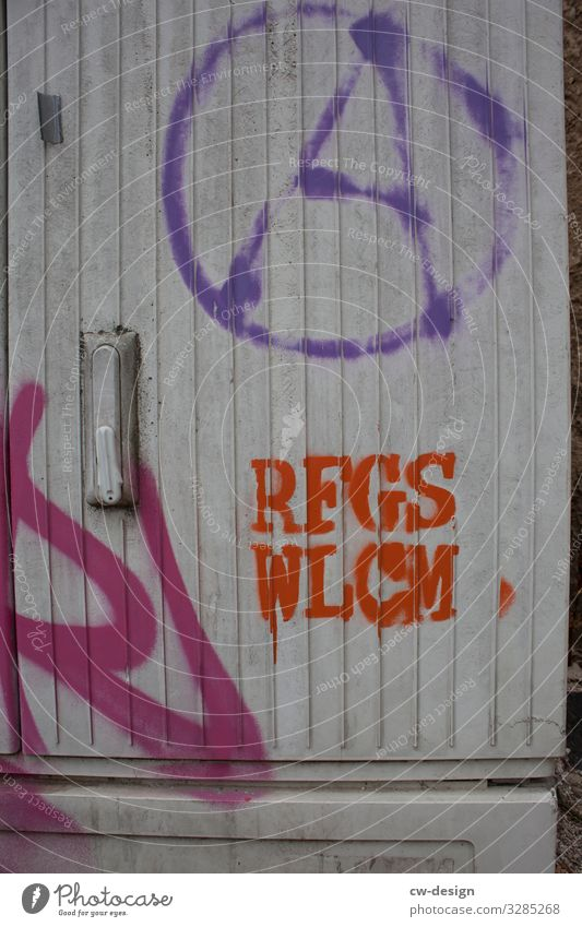 RFGS WLCM Lifestyle Art Artist Exhibition Work of art Media Sign Characters Graffiti Authentic Dirty Free Friendliness Together Nerdy Rebellious Trashy Power