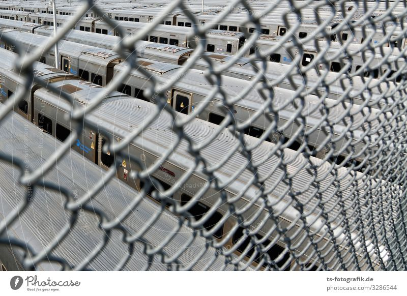New York House of Corrections for Delayed Suburban Trains Vacation & Travel Technology New York City Manhattan USA Transport Means of transport