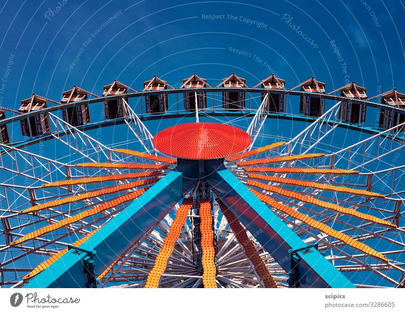 Ferris wheel Tourism Trip City trip Event Sky Downtown Deserted Marketplace Tourist Attraction Wood Metal Utilize Observe Movement Rotate Relaxation Driving