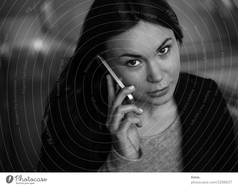 Woman Human being Town Beautiful Calm Dark Adults Feminine Communicate Technology Perspective Observe Curiosity Telephone To hold on Cellphone