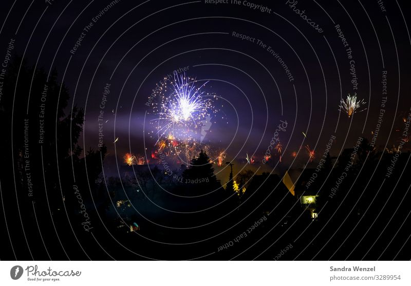 New Year 2020 Shows Desire Time Future New Year's Party New Year's Eve Firecracker Light (Natural Phenomenon) Air pollution Fine particles