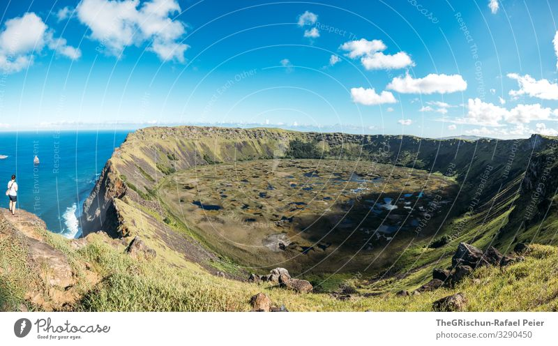 volcanic crater - Rano Kau Nature Landscape Blue White Woman Vantage point Panorama (Format) Panorama (View) Crater rim Volcanic crater Ocean Easter island