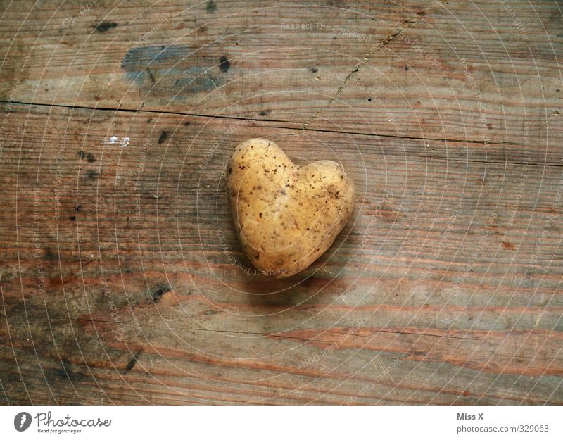 Love Emotions Wood Healthy Eating Moody Food Heart Nutrition Cooking & Baking Sign Symbols and metaphors Appetite Vegetable Infatuation Delicious