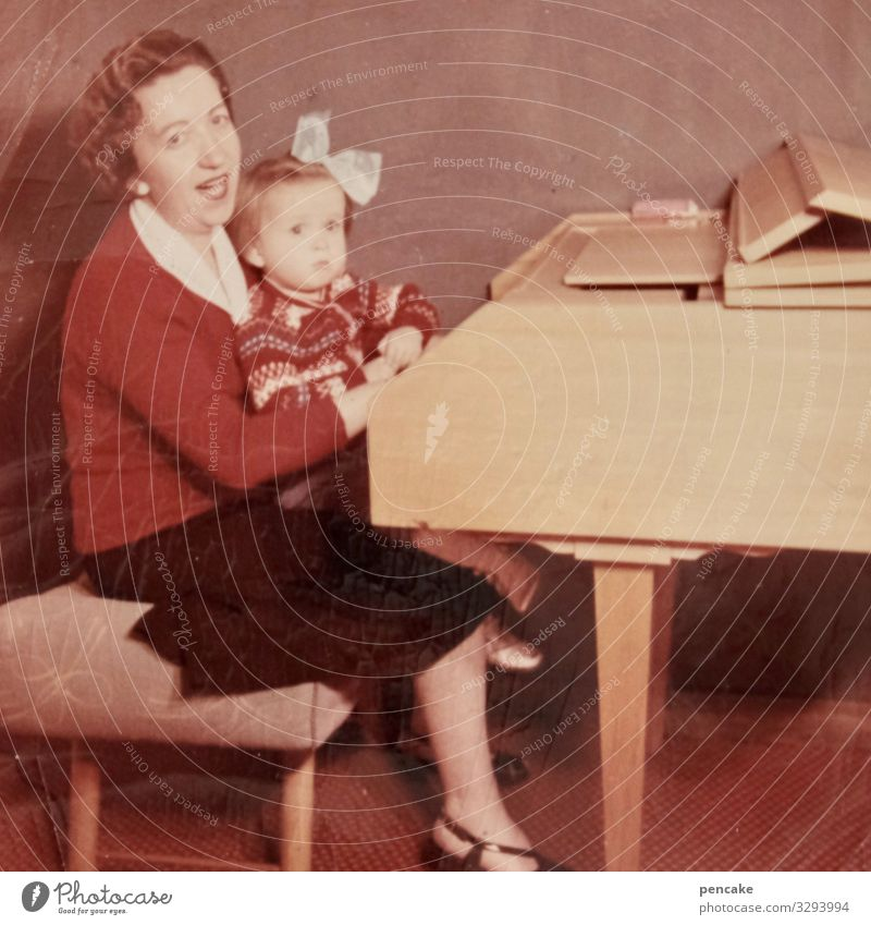 triad | c major with a minor Mother Child Sing Harpsichord Piano photo Old Past Former Nostalgia Photography Infancy Family & Relations Memory Childhood memory