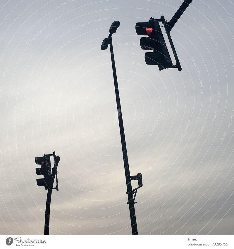 Red Dark Together Transport Illuminate Communicate Arrangement Stand Perspective Wait Might Attachment Street lighting Stop Concentrate Watchfulness