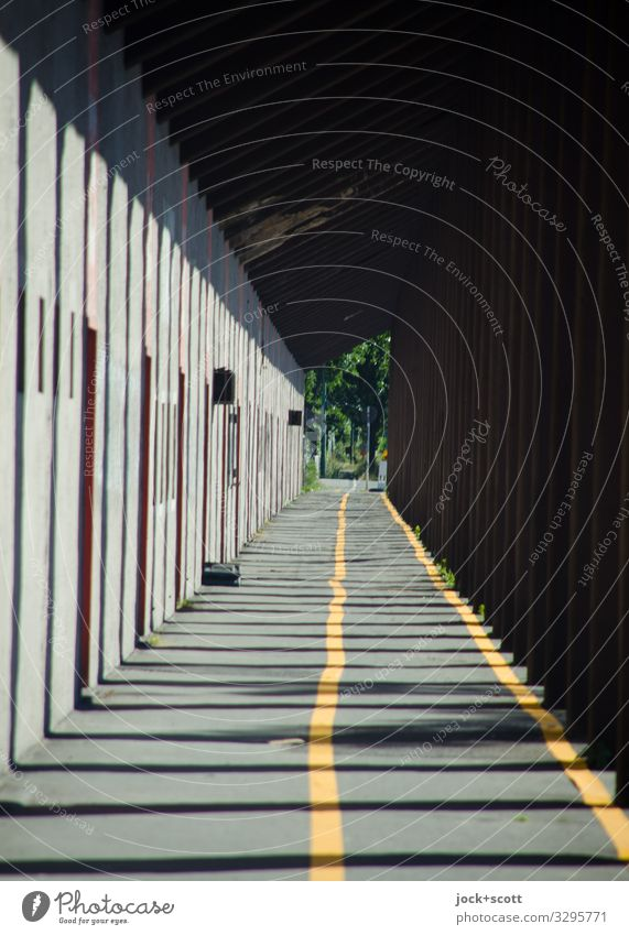 Guideline Building Passage Column Lanes & trails Cycle path Diversion Line Road marking Long Orderliness Far-off places Symmetry Uneven Shaft of light Boundary