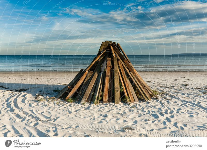 Pyres on the beach Island Coast Beach Landscape Mecklenburg-Western Pomerania Ocean Deserted Baltic Sea Rügen Copy Space Vacation & Travel Travel photography