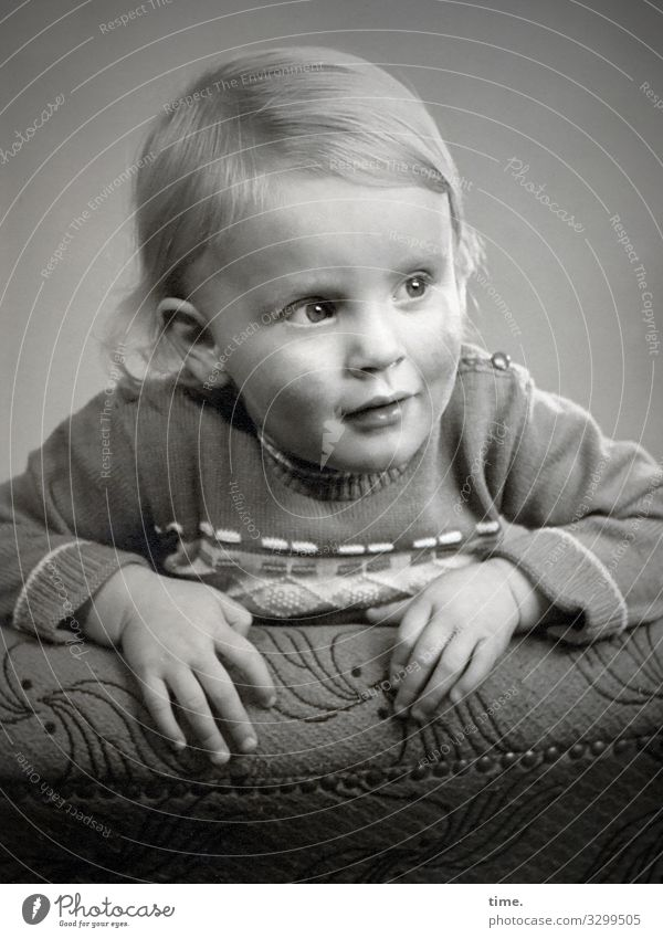 broadening of horizons Armchair Toddler Sweater Blonde Long-haired Observe To hold on Looking Anticipation Power Passion Watchfulness Flexible Endurance