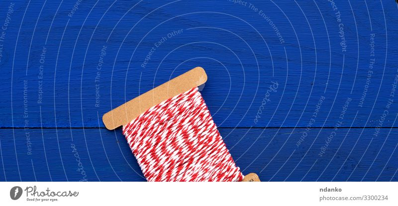 skein of craft red-white thread Leisure and hobbies Handcrafts Knit Decoration Feasts & Celebrations Craft (trade) Rope Wood Line Bright Blue Red White Colour