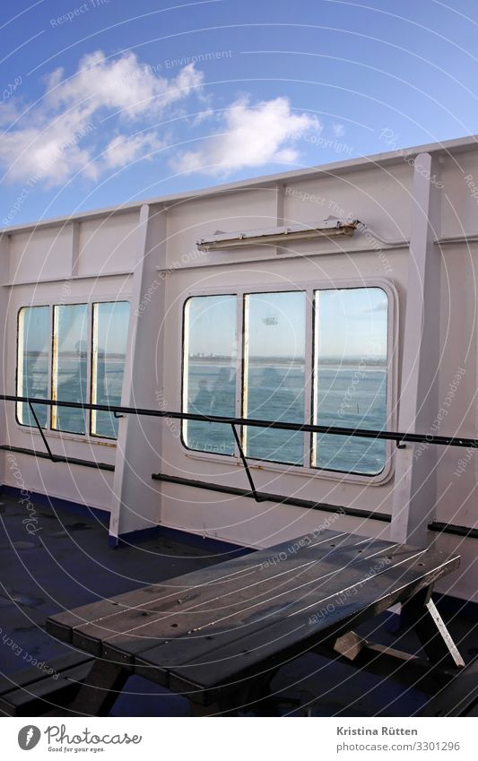 outer deck Vacation & Travel Trip Table Water Ocean Lake Transport Means of transport Passenger ship Ferry Watercraft Driving Upper deck Veranda Window panorama