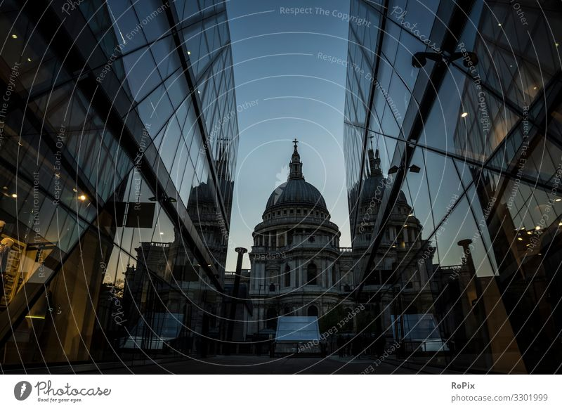 St Pauls Cathedral of London. Lifestyle Design Vacation & Travel Tourism Sightseeing City trip Education Workplace Office Economy Trade Advertising Industry