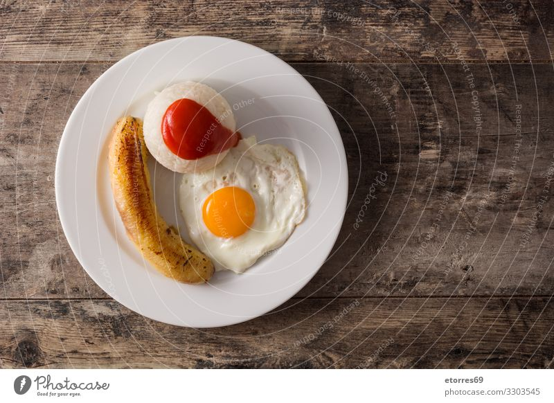 Arroz a la cubana Typical Cuban rice arroz a la cubana Rice Tomato Banana Frying Egg Tradition Tomato sauce Latin Canaries Spanish Food Healthy Eating