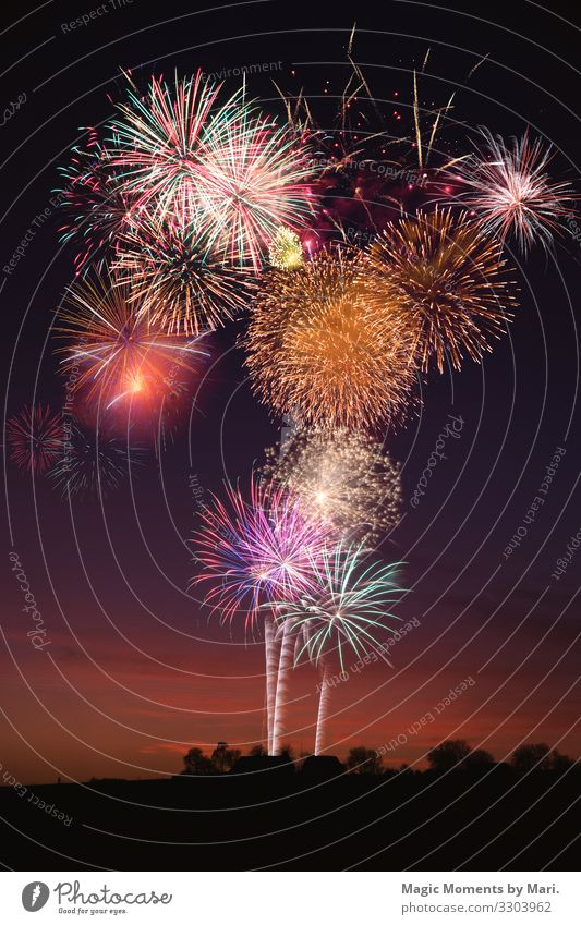The New Years Eve celebrations Shows Feasts & Celebrations new Year date eve fireworks Night Colour photo