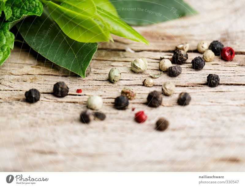peppercorns Food Herbs and spices Peppercorn Bay leaf Organic produce Vegetarian diet Italian Food Simple Delicious Natural Speed Brown Multicoloured Red