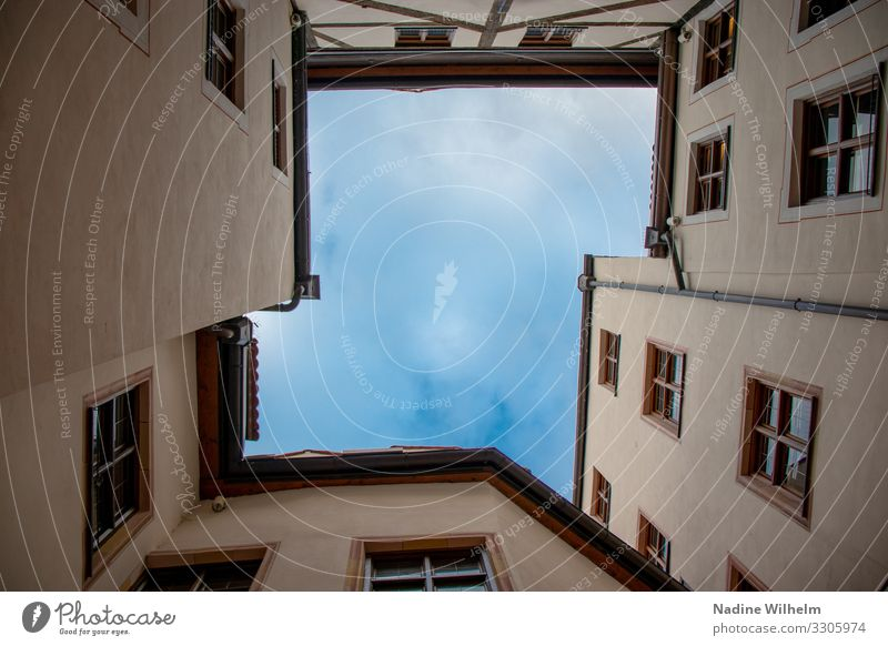 View to the sky Munich Germany Europe Town Downtown House (Residential Structure) Places Interior courtyard Wall (barrier) Wall (building) Facade Window Roof
