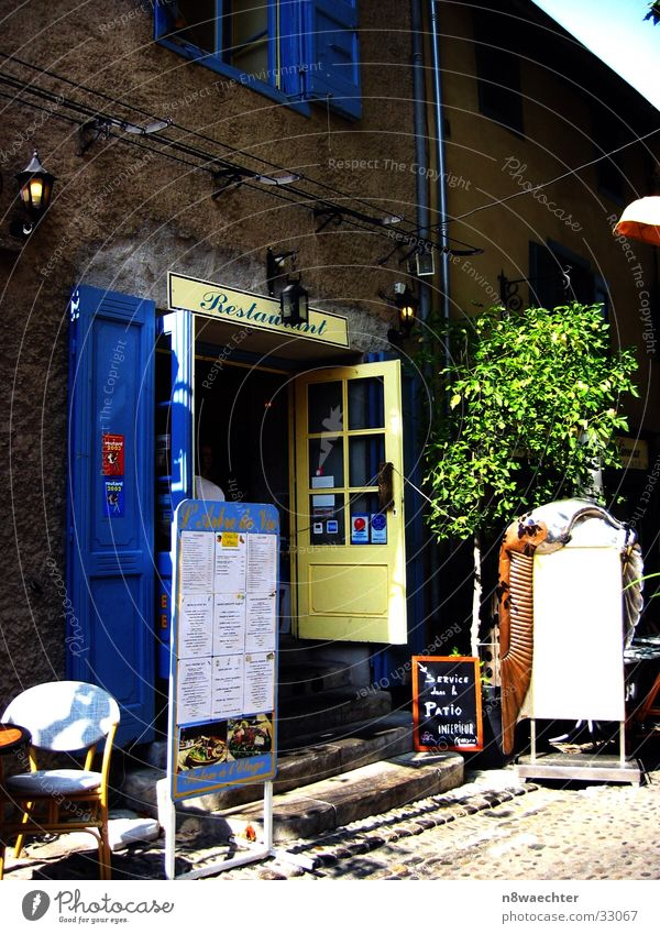Blue Nutrition Yellow Door Southern France Advertising Services Lantern France Terrace Languedoc-Roussillon Thuja Canal du Midi