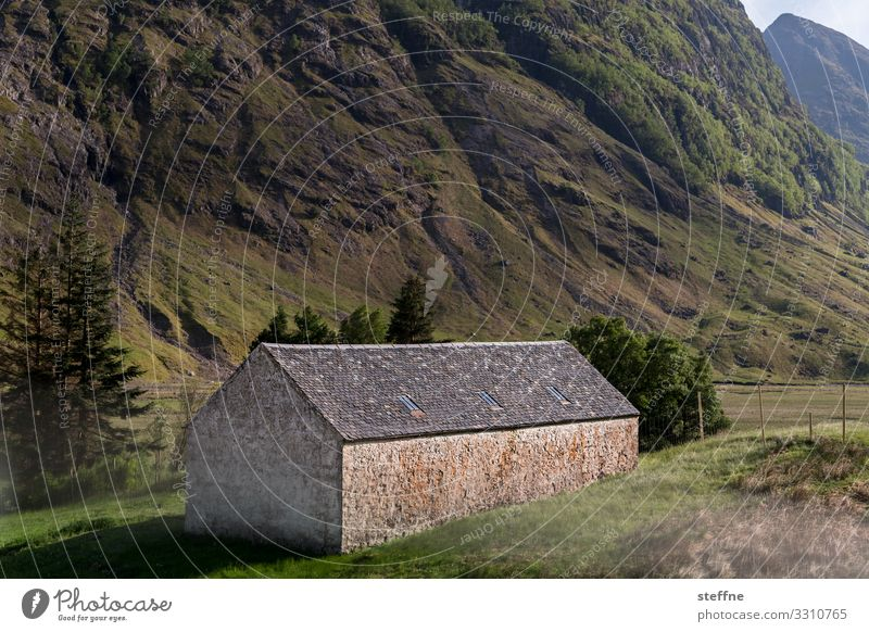 Nature Landscape House (Residential Structure) Loneliness Mountain Rock Living or residing Simple Scotland Highlands