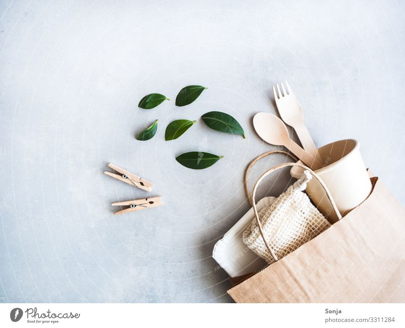 Shopping and living without a platic Paper Paper bag String bag bamboo cutlery Paper cup Clothes peg Together Hip & trendy Enthusiasm Acceptance Attentive Fair
