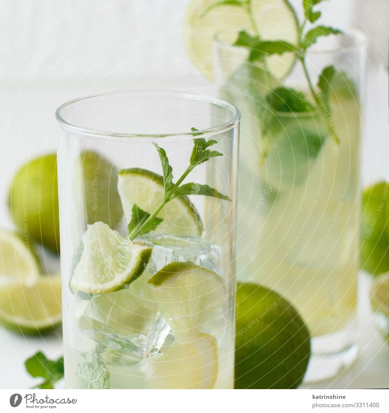 Homemade refreshing drink with lime juice and mint Summer Green White Leaf Yellow Natural Copy Space Fruit Fresh Cool (slang) Beverage Refreshment Slice