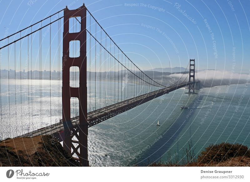 Golden Gate Bridge in San Francisco USA Vacation & Travel Summer Sun Beach Ocean Capital city Downtown Skyline Tourist Attraction Landmark