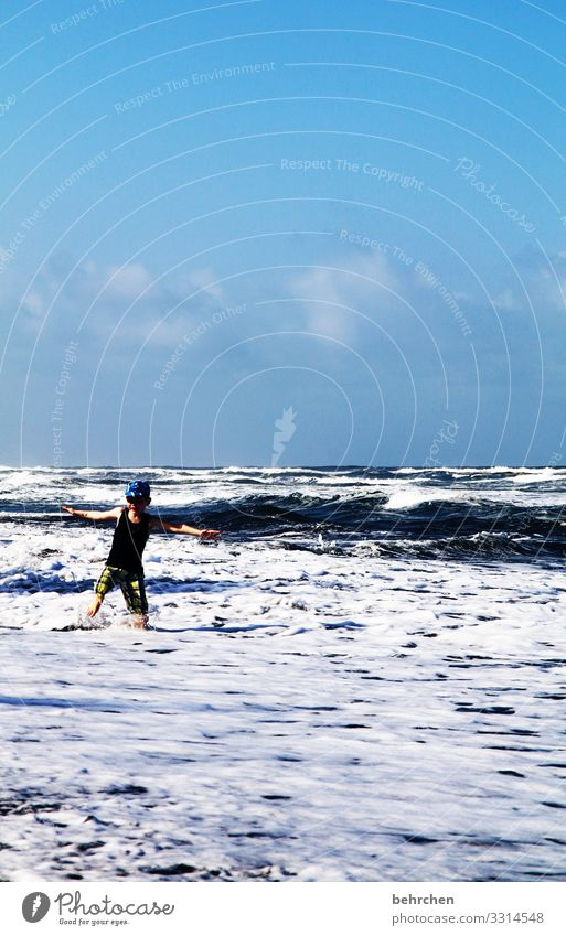 romping in the sea Family & Relations Joy Wild muck about Exuberance fortunate Caribbean Playing Surf ocean Romp Exceptional Day Sunlight Contentment Dream