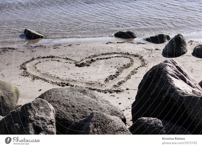 sand heart Beach Ocean Valentine's Day Wedding Birthday Landscape Coast Baltic Sea Sign Heart Love Infatuation Romance Heart-shaped Sincere Sand Sandy beach